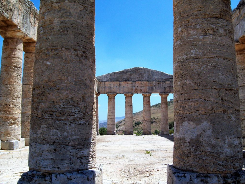 particolare del tempio, Segesta
