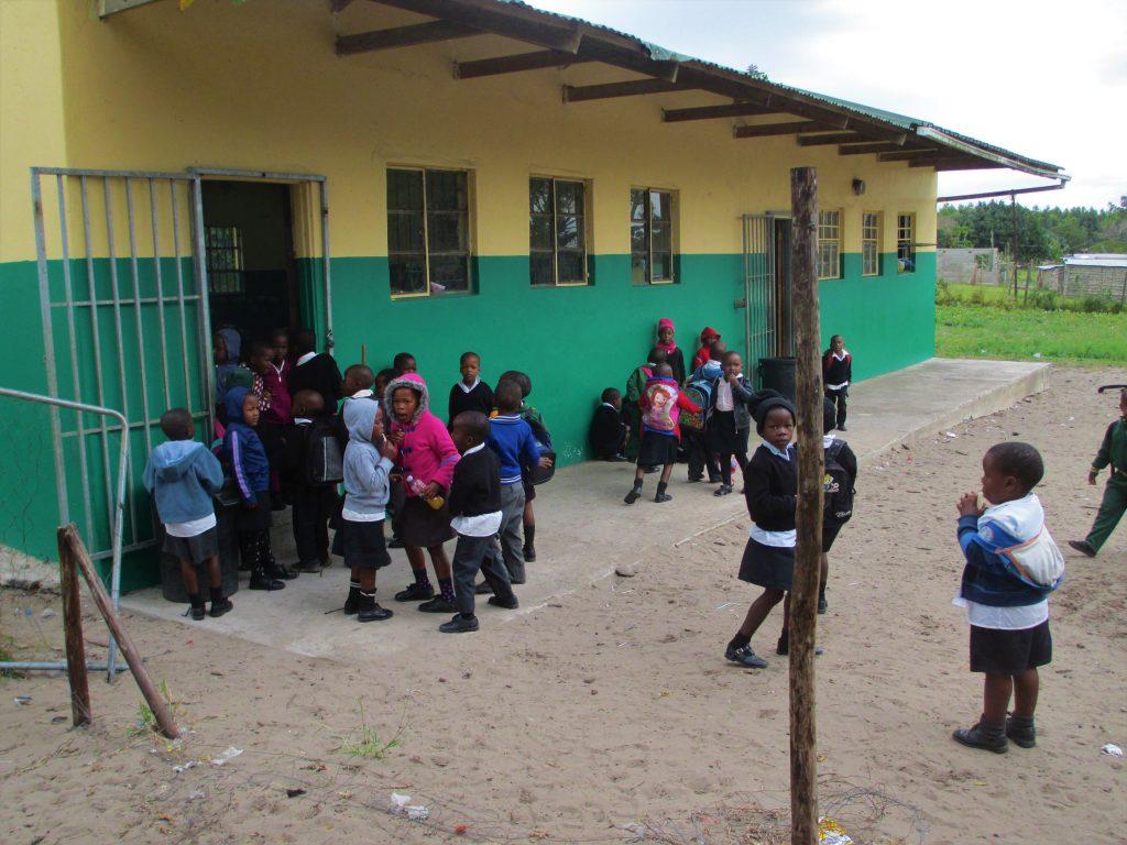 bambini a scuola in Sudafrica