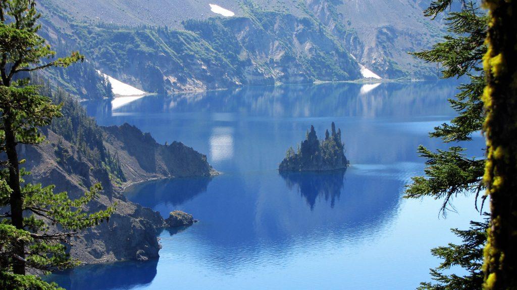 phantom ship crater lake