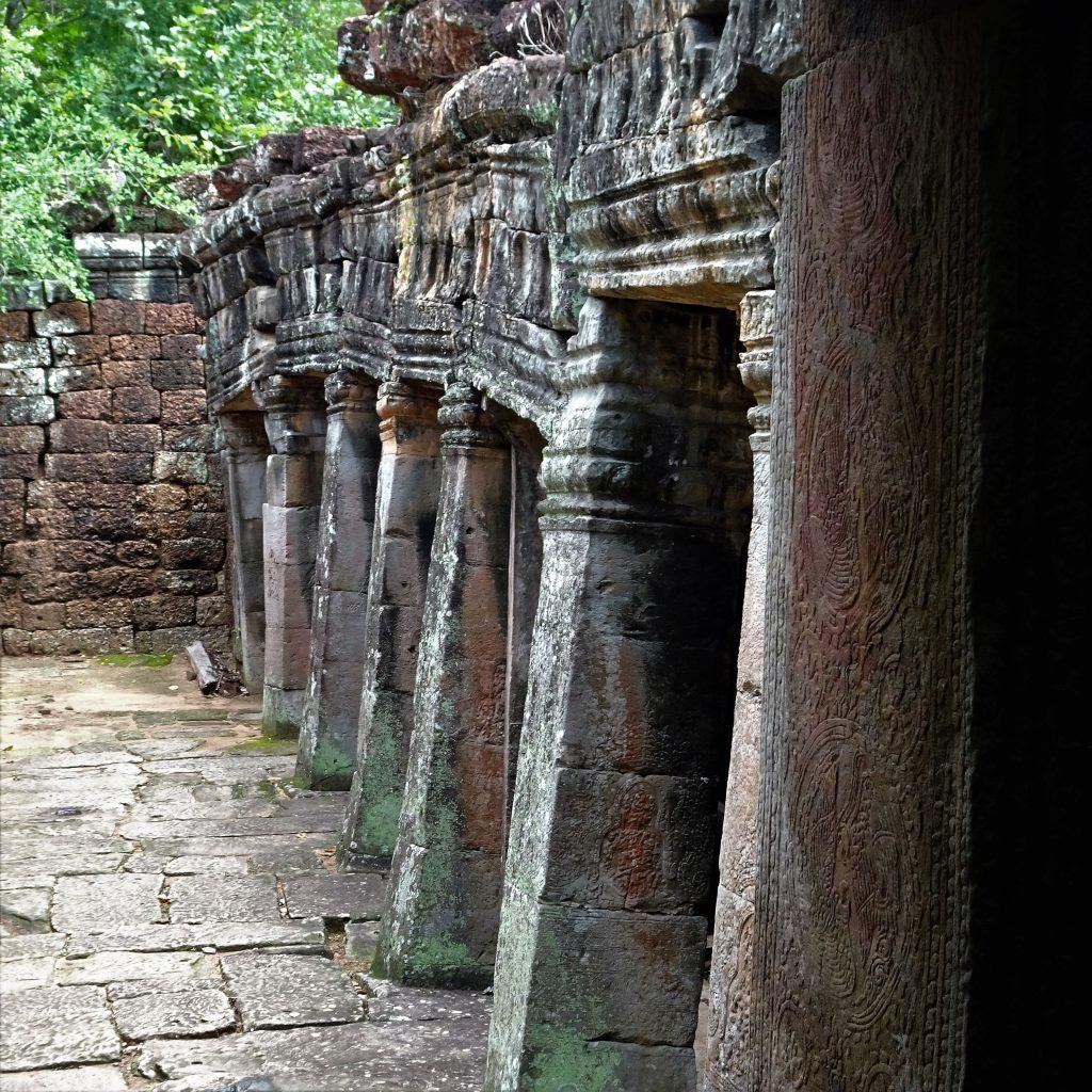 colonne benteay kdei angkor