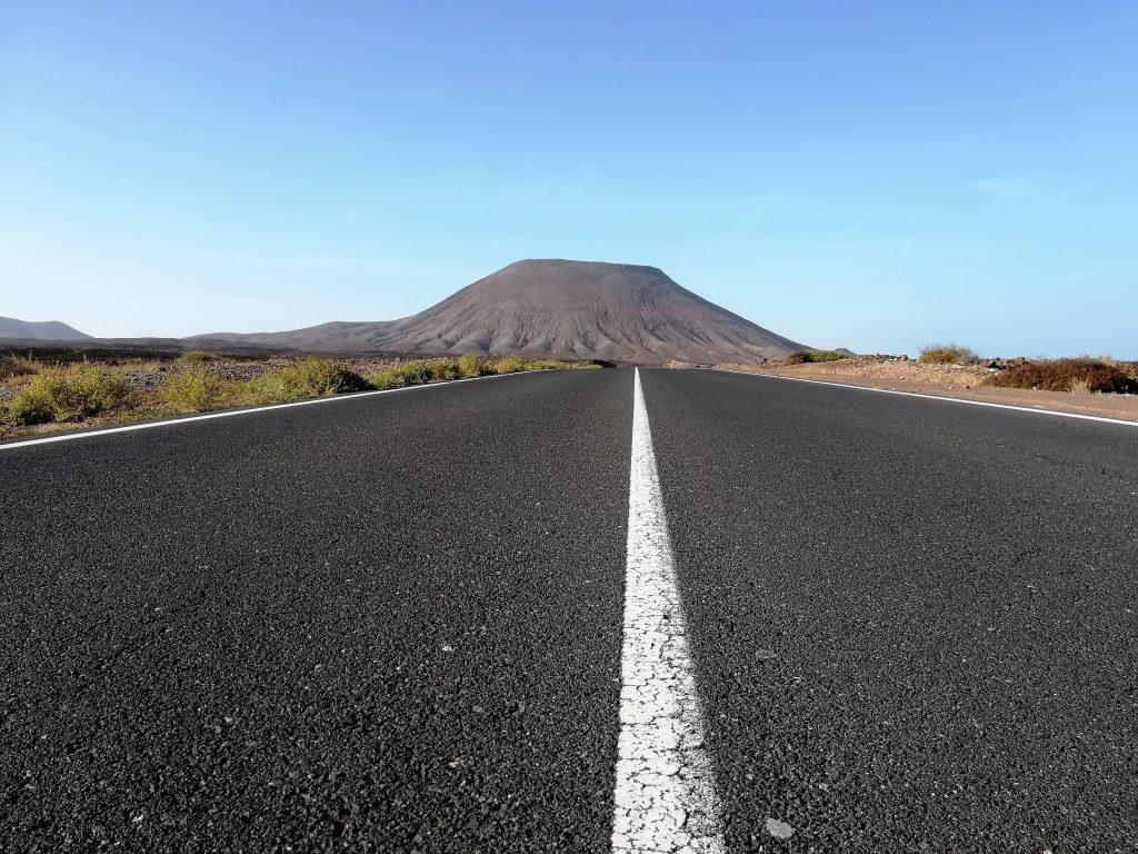 tipica strada di fuerteventura