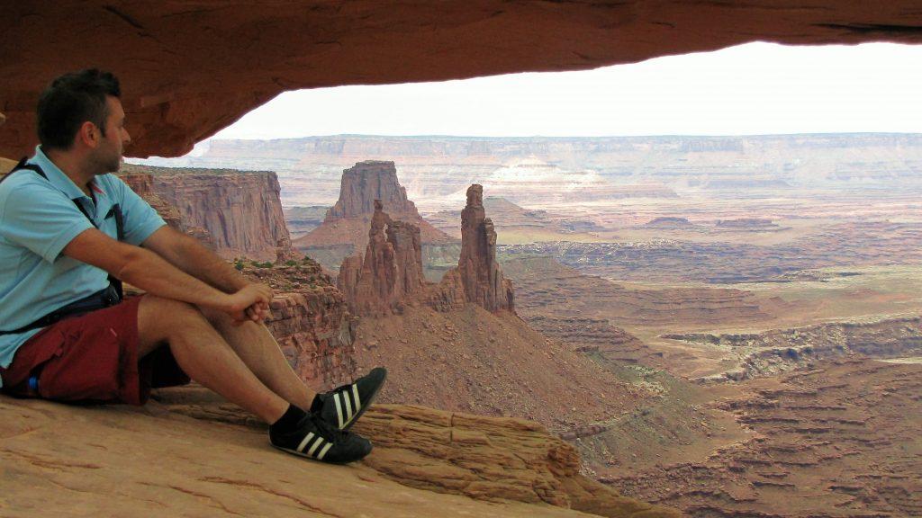 io a mesa arch canyonlands