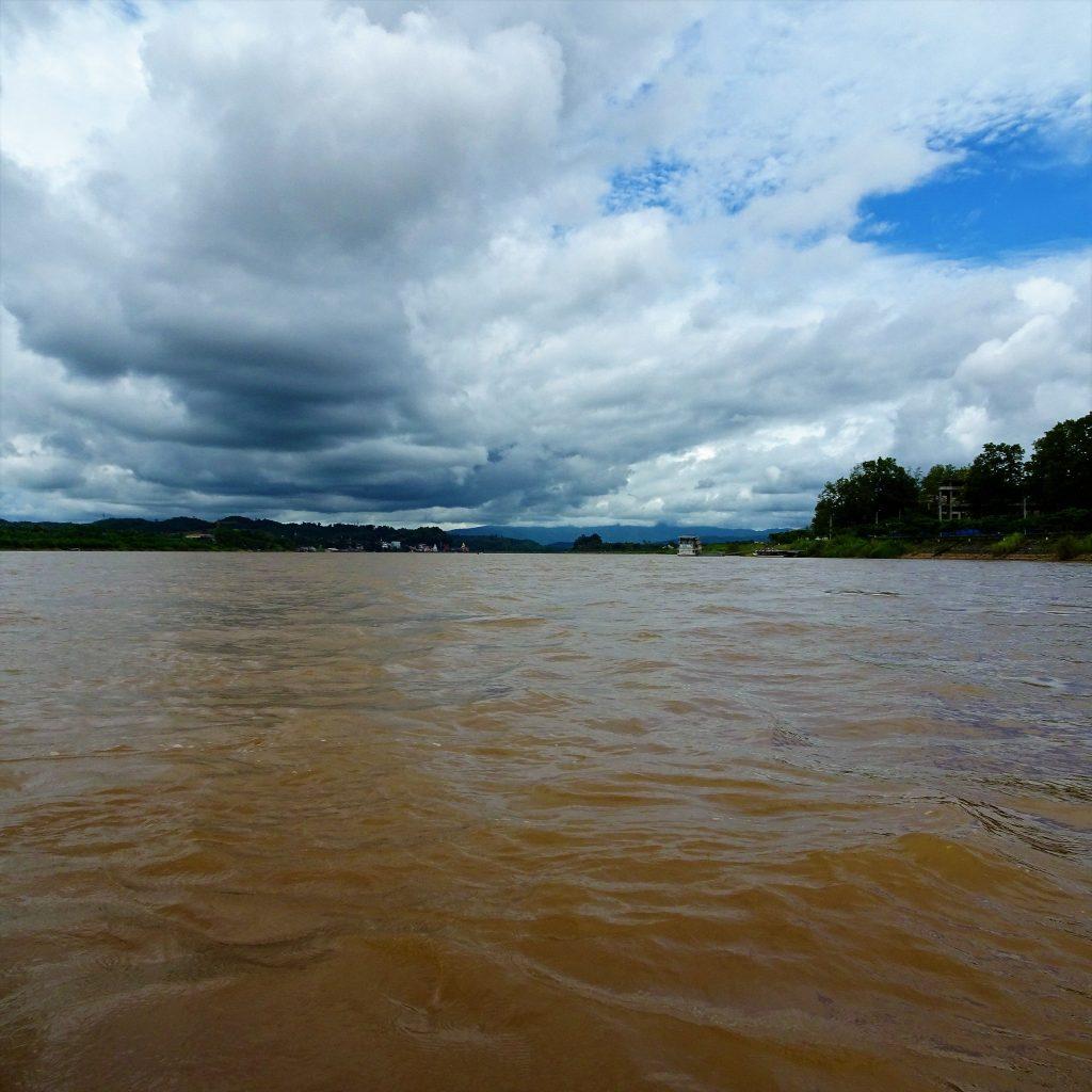 il mekong vicino chiang rai